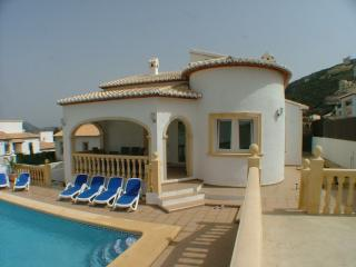 Perfect Villa with A/C and Television - Pedreguer vacation rentals