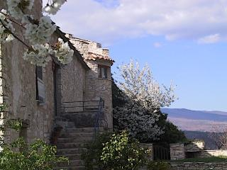 Gite Galileo Get Lost in Provence - Forcalquier vacation rentals