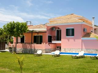 Villa Ioanna - Private Pool and 1000sqm garden - Kariotes vacation rentals