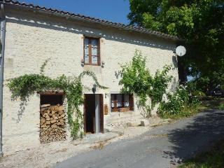 Chez Cannock - Riberac vacation rentals