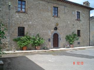 Cozy 3 bedroom Bed and Breakfast in Castiglione in Teverina - Castiglione in Teverina vacation rentals