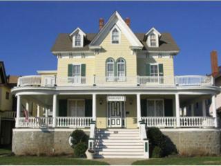 Beachblock Condo. 92887 - Cape May vacation rentals