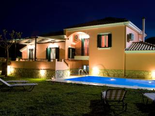 Villa Ioanna - Private Pool and 1000sqm garden - Kariotes vacation rentals