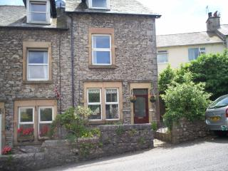 Lovely 3 bedroom Grange-over-Sands House with Internet Access - Grange-over-Sands vacation rentals