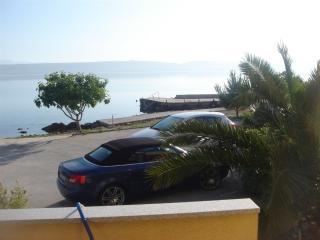 2 bedroom Apartment with Water Views in Dobropoljana - Dobropoljana vacation rentals