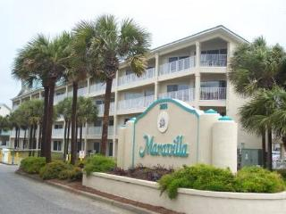 Maravilla 3104, Pet Friendly! Just across the street from the Beach! - Destin vacation rentals