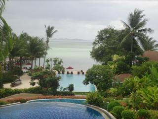 1 room, next to the beach, private jacuzzi, on an Island, in a 4 stars Resort - Layan Beach vacation rentals