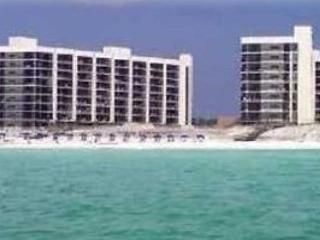 Mainsail 212, 3BR/3BA beachfront condo! Too many amenities to list them all! - Destin vacation rentals