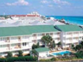 Summerspell 110, just across the street from the beach! - Destin vacation rentals