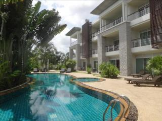 Pool Villa for rent, 3 bed, high quality, in Kathu, on the Golf - Kathu vacation rentals