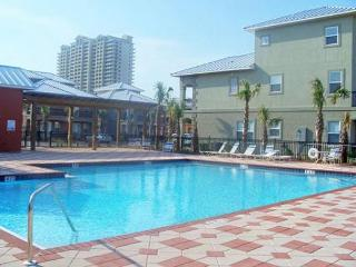 Miramar Villas 113, 3BR/3BA spacious townhouse! Steps to the Beach! - Destin vacation rentals