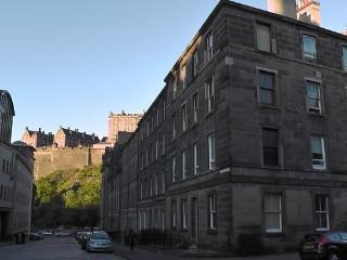 3 bed Grindlay Street apt. - Edinburgh vacation rentals