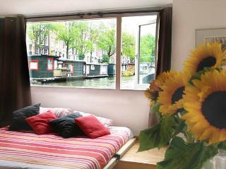 Rembrandt Houseboat - Holland (Netherlands) vacation rentals
