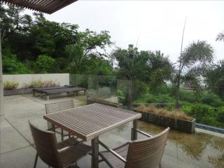 Sea view Villa, 2 bed, high quality, in Kata - World vacation rentals