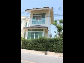 Villa for rent, 2 BR, in Nai Harn, Nice terrace, Private Pool - World vacation rentals