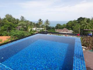 Private pool, sea view, 2 bed, in Kata, close to the beach - World vacation rentals