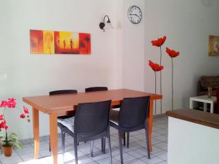 Bright 2 bedroom Penthouse in Gioiosa Marea with Internet Access - Gioiosa Marea vacation rentals