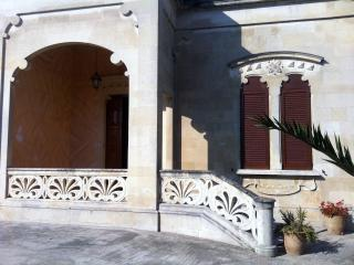 Nice Villa with A/C and Television - Nociglia vacation rentals