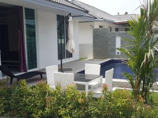 Ideal 2BR Pool Villa 1.5KM to Beach! - Patong vacation rentals