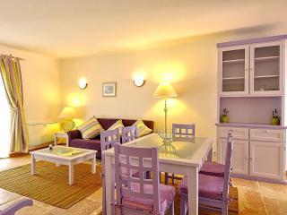 Giddah Violet Apartment, Albufeira, Algarve - Olhos de Agua vacation rentals