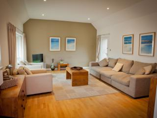 West Fenton- Muirfield Cottage - Gullane vacation rentals