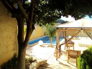 Villa Erika con piscina - Castellammare del Golfo vacation rentals