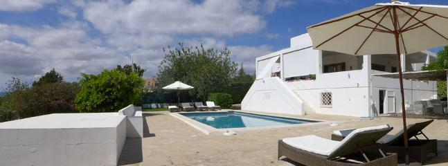 4 bedroom Chalet with Internet Access in Nuestra Senora de Jesus - Nuestra Senora de Jesus vacation rentals