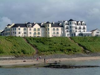 Perfect Condo with Internet Access and Satellite Or Cable TV - Portballintrae vacation rentals
