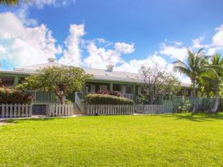 Beautiful House with Internet Access and Dishwasher - Providenciales vacation rentals
