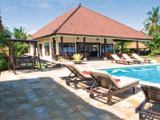 Villa Lovina Beach - Banjar vacation rentals