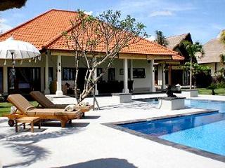 Villa Saffraan - Banjar vacation rentals