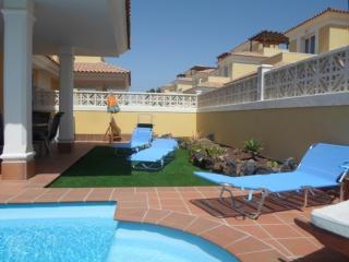 Villa  Rosa - Luxury Villa - Private Pool - Wi-fi - Corralejo vacation rentals