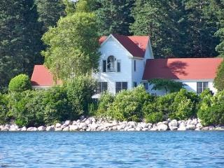 Nice House with Internet Access and DVD Player - Deer Isle vacation rentals