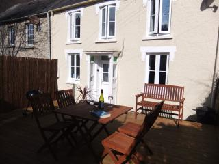 Lovely 2 bedroom Vacation Rental in Llangrannog - Llangrannog vacation rentals