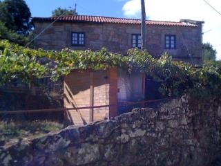 Perfect 2 bedroom House in Geres - Geres vacation rentals