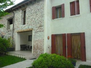 Romantic 1 bedroom Asolo B&B with Internet Access - Asolo vacation rentals