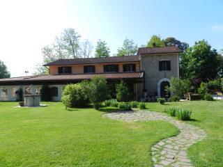 Nibbio Reale Villa (Hotel) con piscina, tra Napoli e Roma - Caserta vacation rentals