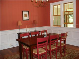 Gorgeous 4 bedroom House in Orleans - Orleans vacation rentals