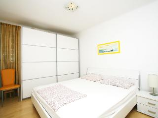 Tina apartment in center - Split vacation rentals