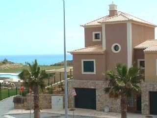 1  DomusIberica, in Burgau village, walk to everywhere including the beach ! - Burgau vacation rentals
