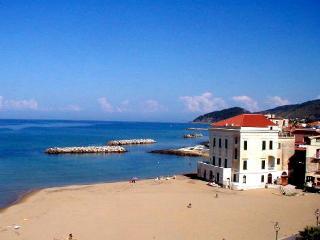 Leucosia - Santa Maria di Castellabate vacation rentals