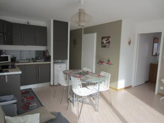 Nice 2 bedroom Condo in Camiers with Internet Access - Camiers vacation rentals