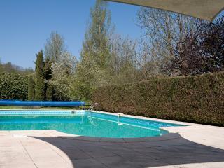 Maison Sans Tourelle - Cordes-sur-Ciel vacation rentals