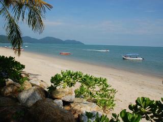 Susie's Seaside Holiday Apartments - Batu Ferringhi vacation rentals