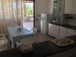 Casa indipendente nel verde del Salento - Racale vacation rentals