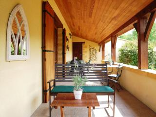 Beautiful Gite with Internet Access and Dishwasher - Cadouin vacation rentals
