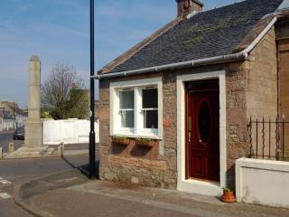The Old Sweetie Shop,cottage in village location, - Maybole vacation rentals