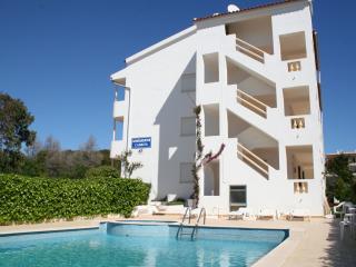 1 bedroom Apartment with Internet Access in Olhos de Agua - Olhos de Agua vacation rentals