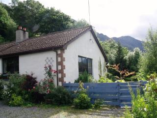 Spacious Cottage with Internet Access and Television - Invershiel vacation rentals