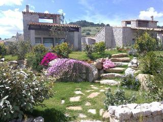 Villetta indipendente con giardino 600 m dal mare - Castiadas vacation rentals